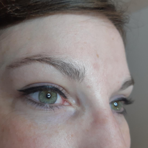 eye-liner-superieur-epais-brest
